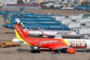 Vé máy bay giảm 50%, giá phòng 4 sao 800.000 đồng