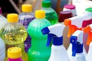 Hóa chất gia dụng gây hen suyễn và khó thở cho trẻ mới biết đi