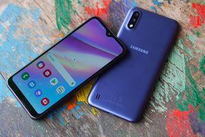 Samsung Galaxy A01 - thiết kế mỏng, camera kép, giá dưới 3 triệu