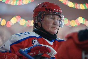 Điện Kremlin tiết lộ 'bí mật' về những người chơi khúc côn cầu với ông Putin