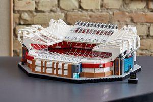 Old Trafford cực ngầu trong quảng cáo LEGO mới nhất