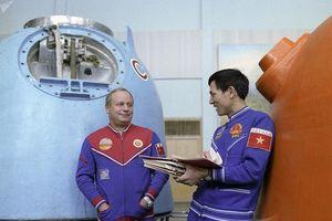 Phi hành gia vũ trụ - giữa vạn người chọn lấy một anh hùng