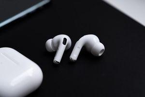 Apple lại nghĩ ra cách móc túi người dùng mới với dòng tai nghe AirPods