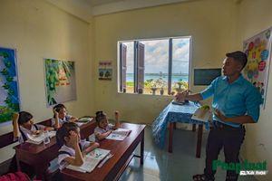 Ngôi trường giản dị, đơn sơ ở Trường Sa