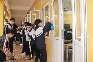 Bộ GD-ĐT đề nghị đi học từ 2/3, chính thức lùi kỳ thi THPT quốc gia 1 tháng