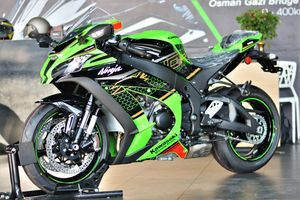 Kawasaki Ninja ZX-10R KRT 2020 về Việt Nam, giá từ 571 triệu đồng