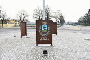 Cảnh thị trấn Italy vắng tanh vì đại dịch COVID-19 bùng phát