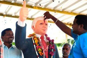 Người đàn ông Ấn Độ tôn sùng Tổng thống Donald Trump như vị thần