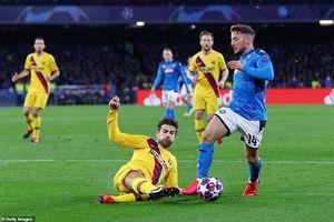 Napoli sẽ chuẩn bị 'mũ và áo giáp' khi tái đấu Barcelona!