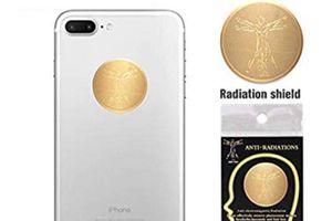Miếng dán chống bức xạ điện thoại giá rẻ, liệu có tác dụng