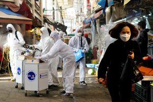 Trung Quốc kiên quyết kiểm soát đi lại với công dân Nhật - Hàn bất chấp phản đối