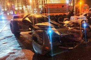 Ô tô Batman giá gần 1 triệu USD bị cảnh sát tịch thu