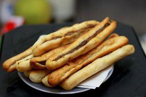 Bánh mì cay - thức quà hút khách tại Hải Phòng