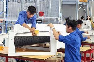 TPHCM: Vốn FDI giảm hơn một nửa