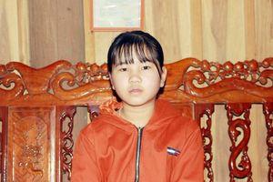 Gặp cô bé Nghệ An viết bức thư gửi mẹ gây xôn xao mạng xã hội