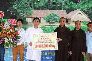 Nghệ An : Chùa Viên Quang mừng ngày thầy thuốc, giúp bệnh nhân nghèo