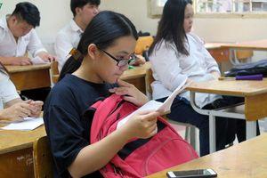 Sinh viên nhiều trường ĐH tiếp tục được nghỉ tránh dịch