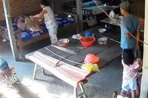 Bắt tạm giam hai vợ chồng bạo hành mẹ già 88 tuổi ở Tiền Giang