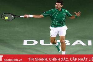 Djokovic cứu ba match-point, gặp Tsitsipas ở chung kết tại Dubai
