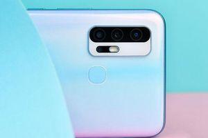 Smartphone 5G, cấu hình tốt, 4 camera sau, pin 5.000 mAh, sạc siêu tốc, giá 7,58 triệu