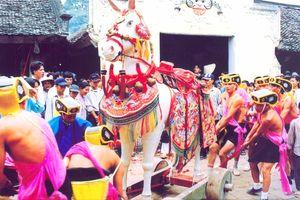 Lễ hội cổ truyền trong xã hội đương đại