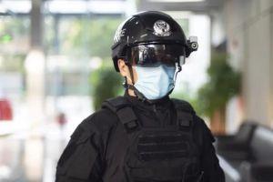 Trung Quốc sử dụng mũ bảo hiểm AI quét nhiệt độ trong đám đông