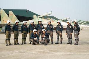 Không quân nhân dân Việt Nam vững vàng bảo vệ bầu trời Tổ quốc