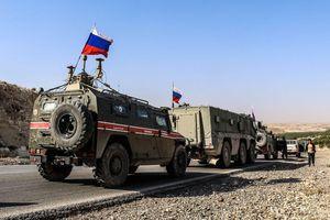 Syria: Quân cảnh Nga tuần tra trên cao tốc M4 và M5, Mỹ tuyên bố sẵn sàng cung cấp vũ khí cho Thổ Nhĩ Kỳ