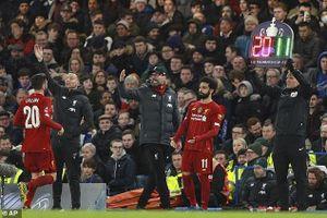Liverpool đối diện khủng hoảng sau 8 tháng bất khả chiến bại?