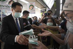 Thái Lan phát miễn phí 30 triệu khẩu trang vải cho người dân
