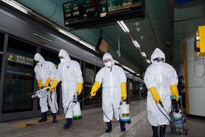 Hàn Quốc bỏ lỡ 'thời điểm vàng' để dập dịch Covid-19