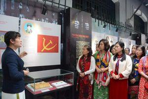 Giao lưu với nhân chứng lịch sử 'Trọn niềm tin với Đảng'