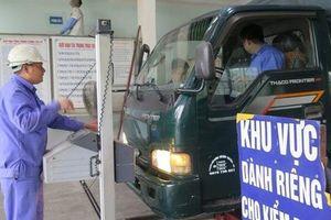 Chặn đăng kiểm xe vi phạm chậm nộp phạt: Không có căn cứ pháp luật