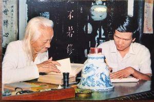 Vương Hồng Sển đọc sách 'như con chó khôn biết chôn xương để dành'