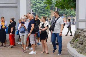 Hà Nội thêm 2 bệnh nhân nhiễm Covid-19, từng ở 2 khách sạn tại quận Hoàn Kiếm