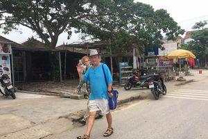 Người dân Phong Nha bức xúc vì tin 'lởm' facebook quy chụp kỳ thị khách nước ngoài