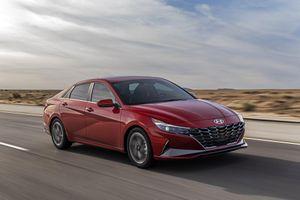 Loạt hình ảnh Hyundai Elantra vừa ra mắt