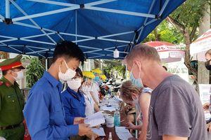Đà Nẵng: Hàng ngàn thanh niên sẵn sàng trực chiến chống dịch