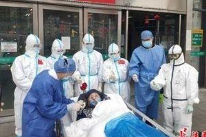 Bệnh nhân cao tuổi nhất Trung Quốc đã khỏi bệnh