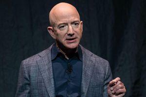 Jeff Bezos tiên phong tìm cách khiến con người 'bất tử'
