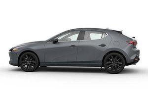 Mazda3 giảm giá trong tháng 3, 'quyết đấu' với Kia Cerato, Toyota Corolla Altis