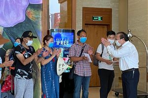 Kết thúc cách ly 29 du khách tại khách sạn Vanda ở Đà Nẵng