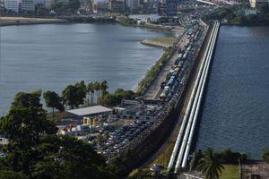 Singapore 'khóa' biên giới, New Zealand đóng cửa đại sứ quán ở Myanmar