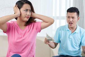 Chồng lần nào làm ăn cũng thua lỗ, nhưng vẫn bắt tôi vay tiền