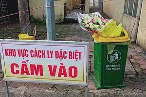 Giám đốc Bệnh viện Quốc Oai: 'Nam thanh niên ném bó hoa vừa được tặng đã xin lỗi'