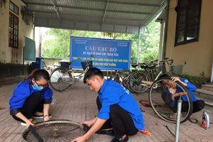 Đoàn thanh niên Hà Tĩnh 'biến' phế liệu thành xe đạp tặng học sinh nghèo