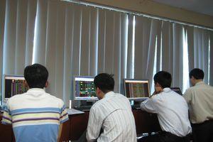 Thị trường chứng khoán hoảng loạn đẩy VN-Index về 666,59 điểm
