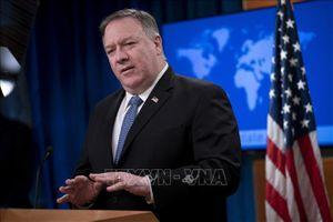 Ngoại trưởng Mỹ Mike Pompeo bất ngờ tới Afghanistan
