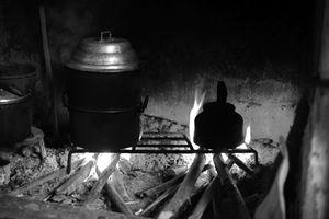 Khói bếp nhà quê