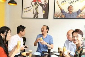 Chuỗi cà phê Ông Bầu triển khai chương trình 'mua cà phê – tặng bánh mỳ thịt'